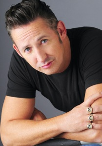 1207 – Trotting the Globe with Harland Williams